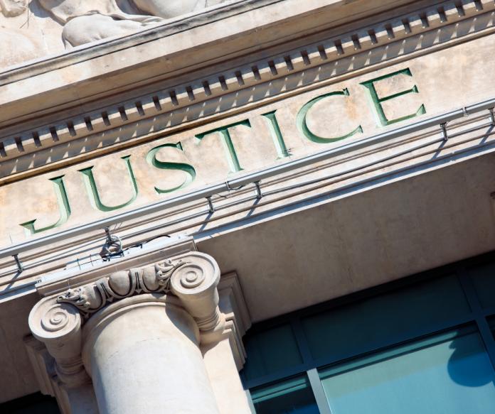 etre-malentendant-et-suivre-son-proces-proxima-avocats